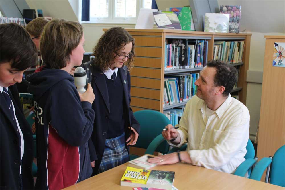 English Workshop - Anthony McGowan - Book Signing