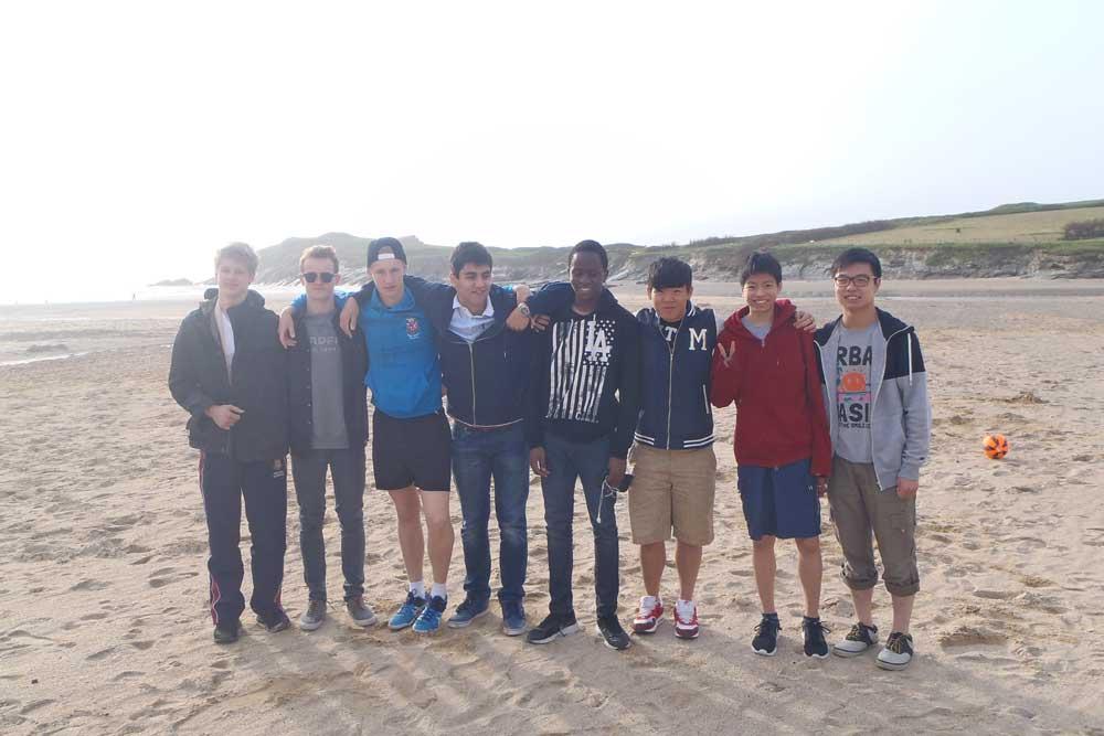 Boarding - Pentreve Boarding House - Truro School - Beach Visit