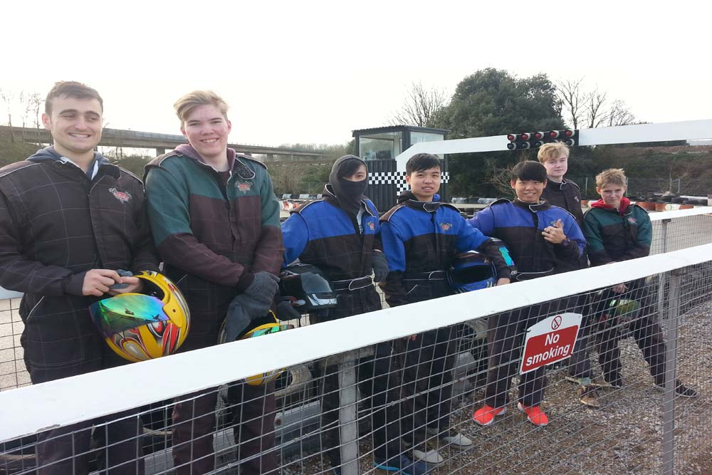 1.boys-boarding-karting